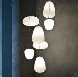 Moderne weiße Glaskugel-hängende Lampe für Hotel