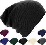 Le Beanie Slouchy fait sur commande de Hotselling, tricotent le chapeau Slouchy de Beanie