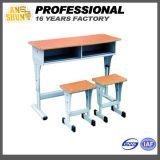 高品質大学家具の学校の倍の机および椅子