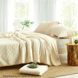 編まれた綿の縞、夏の涼しいキルト