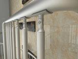 Escadaria espiral de vidro impressionante com os passos do vidro geado e a balaustrada de alumínio de Beam&Aluminum da escadaria