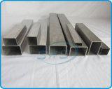 De Rechthoekige Buizen van het roestvrij staal in Heldere Oppervlakte