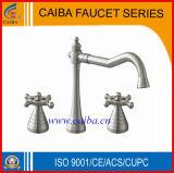 O projeto novo escovou o Faucet/misturador/torneira da bacia niquelar de China
