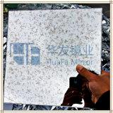 Espejo de plata antiguo rocoso con el certificado de la ISO