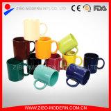 Tasse de café en céramique de la taille 9-11oz de couleur de grand dos différent de glaçure
