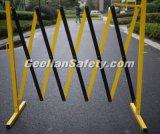 交通安全の車輪が付いている鋼鉄移動式電流を通された道の障壁