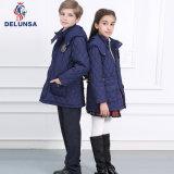 中国の製造の冬の学生服
