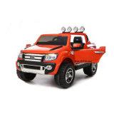 Conduite électrique de gosses de véhicule de jouet d'enfants sur le véhicule