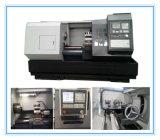 A melhor máquina da base lisa do CNC do torno Cknc6136