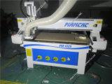 기계를 새기는 CNC 대패 목제 조각 절단을 가공하는 목공