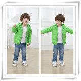 Kind-Jungen-Mädchen scherzt Feder-Mantel-Kleidung-unten Umhüllungen-Form-Typen 605