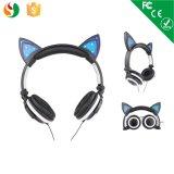 Los auriculares ligeros con estilo más calientes del oído de gato del LED para los cabritos de la fábrica del auricular