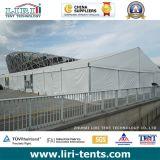 Impermeabilizzare la tenda di evento di 50m x di 20 per la mostra provvisoria