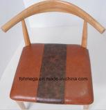 새로운 단단한 나무 연약한 패드 커피 가구 의자