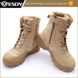Esdyの戦術的な陸軍訓練攻撃の屋外の軍のブート