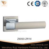두 배 색깔 간단한 작풍 실내 나무로 되는 문 레버 손잡이 (Z6177-ZR09)