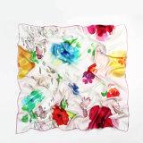 女性のための絹の大きい正方形のスカーフ110 * 110cm