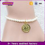 A forma popular nova perla o bracelete com encantos feito-à-medida