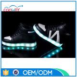 Luces de los cabritos LED para los zapatos, zapatos de las luces que contellean