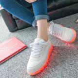 Специальные ботинки женщин освещения СИД с обязанностью USB СИД
