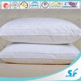 Imperméabiliser le canard de 50% font varier le pas vers le bas de l'oreiller
