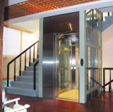 Piccolo elevatore residenziale di vetro dell'interno esterno della villa della Camera