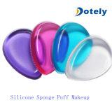 シリコーンの構成のパフの粉のスポンジのアプリケーター