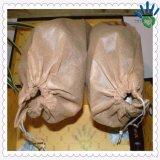靴のNonwovenパッキングのためのPP SpunbondのNonwovenファブリックは内部ボックスパッケージに蹄鉄を打つ