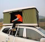 옥외 야영을%s 부록을%s 가진 차 지붕 상단 천막