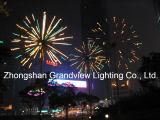Im Freien weiße Feuerwerk-Leuchten des Farben-Weihnachtenled