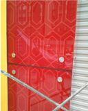 DecoationのWindowsおよびドアのための白く黒く赤い塗られたガラス