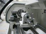 棒送り装置CNCの旋盤の自動回転機械棒挿入機械Cjk6150b-1