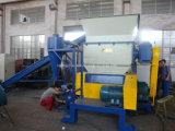 Machine de déchiquetage en plastique de rebut de défibreur