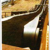 Nastro trasportatore di gomma del poliestere di alta qualità per la sabbia e la ghiaia