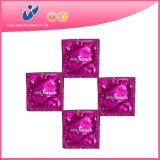 Большой поставленный точки презерватив одного касания