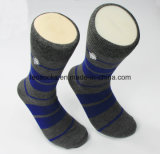 Ihre eigenen Baumwollmens-Socken 100% konzipieren