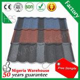 Preço de aço revestido da telha de telhadura da pedra de pouco peso durável dos materiais de construção melhor em Sri Lanka