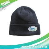Акриловые Cuffed шлемы зимы Beanie с логосом заплатки (058)