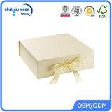 Rectángulo de papel de empaquetado del regalo del chocolate cosmético de lujo de la cartulina (AZ122529)