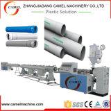 Linha de produção da tubulação do PVC com a extrusora de parafuso dobro