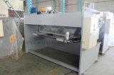 CNC, der hydraulische quadrierende Schermaschine schneidet