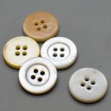 Кнопка раковины реки перлы квадратного отверстия белая для костюмов