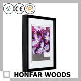 Frame de madeira preto lustroso da foto do retrato com a esteira para a decoração