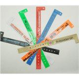 Una pulsera del Wristband/del vinilo del PVC del uso del tiempo