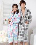 ホーム使用およびギフトの極度の新しいモデルグループの浴衣セット