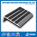 Semelle d'escalier antidérapage de carborundum flairant avec le bâti en aluminium