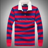 긴 소매를 가진 다채로운 줄무늬 폴로 셔츠