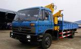 Dongfeng 6 Rad-Ladung-Laden-LKW hing mit 5 Tonnen Arm-Kran faltend ein