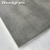 Da prancha interna do cimento de Salão do fornecedor de China apropriado cinzento para Livinroom e a telha de assoalho vitrificada rústica do quarto de assento