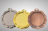 ムギの形の装飾を持つブリッジクラブのための銅メダル